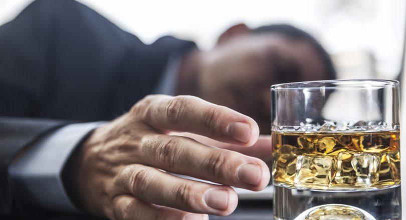 С чего начать лечение алкоголизма?