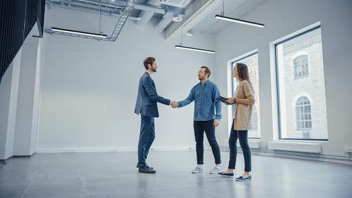 Собственный офис или франшиза в сфере недвижимости?