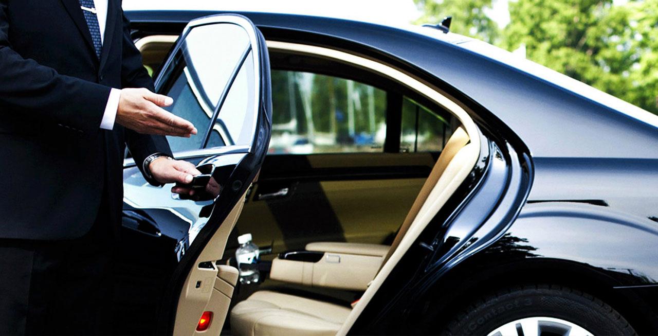 3 преимущества найма профессионального водителя по сравнению с арендованным автомобилем