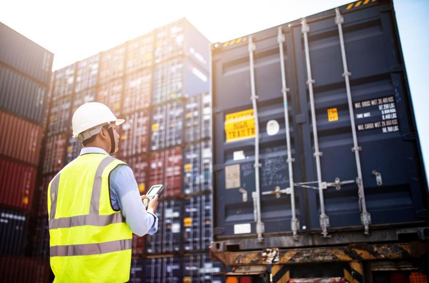Таможенное оформление и экспорт товаров