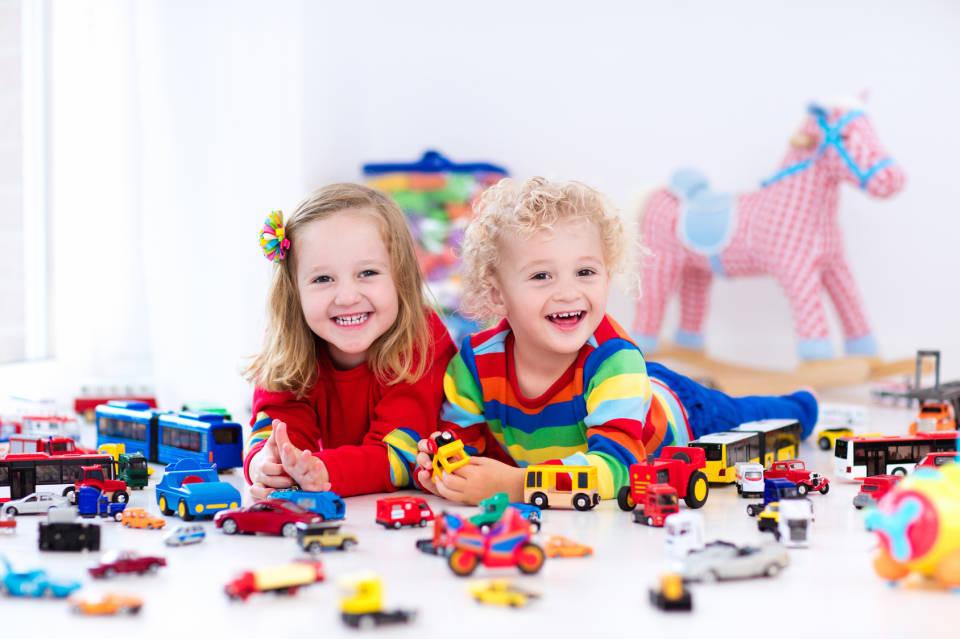 Какую игрушку выбрать на подарок ребенку?