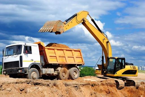 Какая именно спецтехника понадобится при строительстве дома или коттеджа?