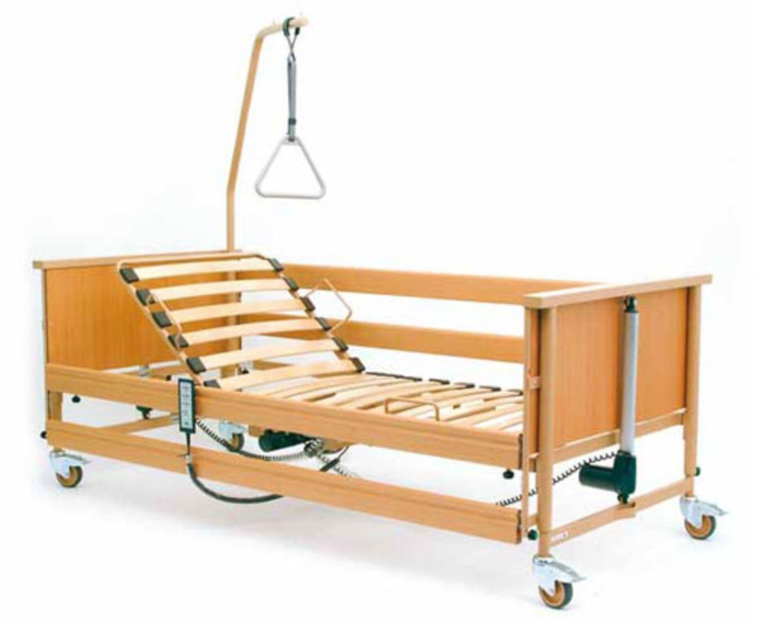 Купить или арендовать? Два способа получить реабилитационную кровать