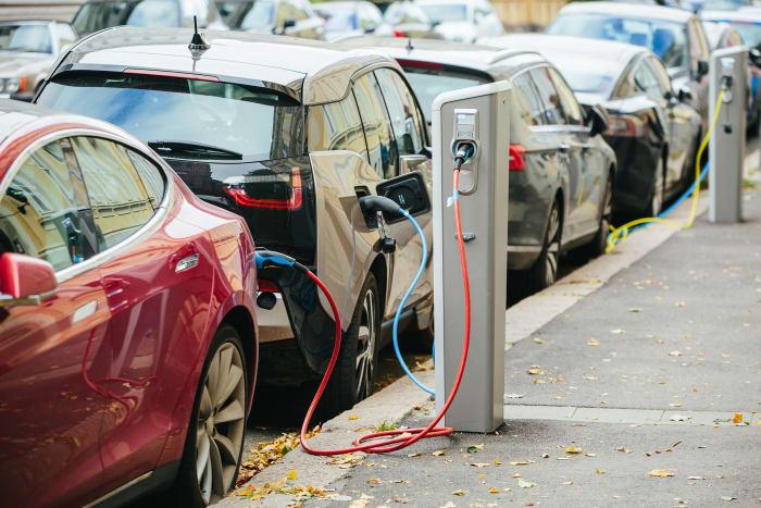 К 2030 году все автомобили в ЕС будут с электродвигателем