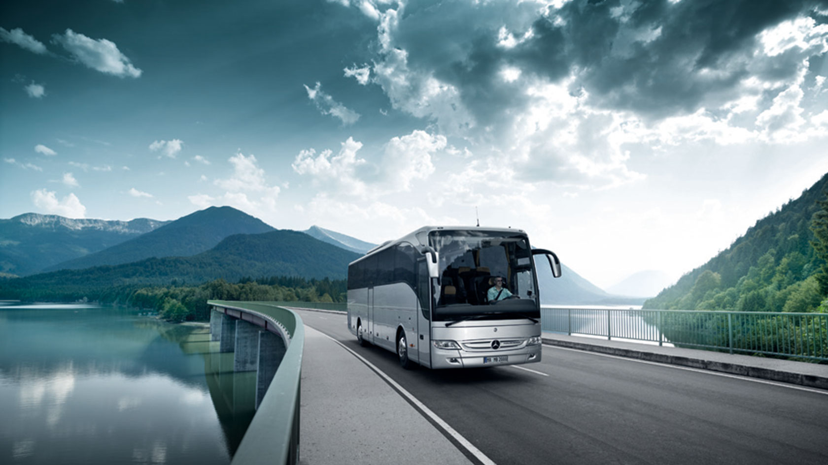 Плюсы и минусы путешествия на автобусе